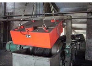 悬挂式除铁器使用现场